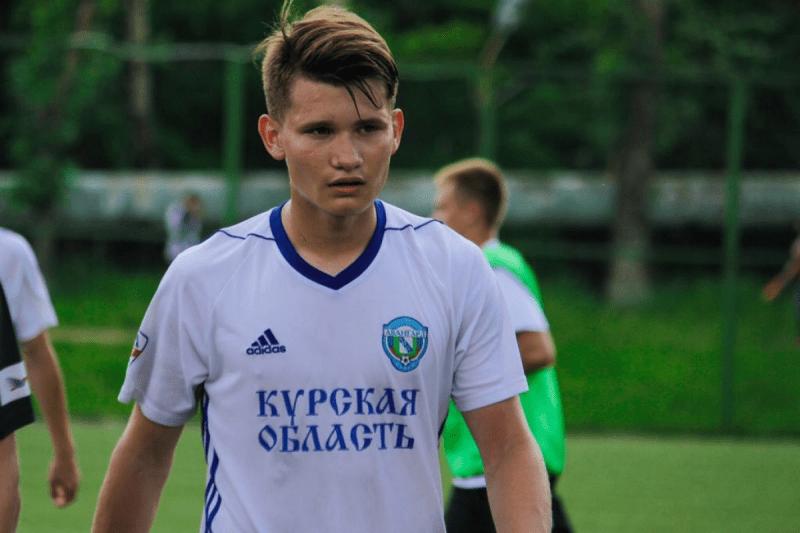 ЦСКА приобрёл очередного подростка. Алексей Сухарев отправится в стан армейцев.