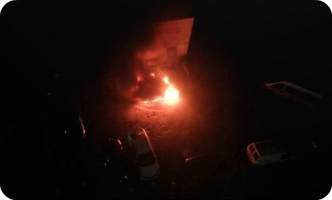 Неизвестные сожгли машину заводящего «Зенита»