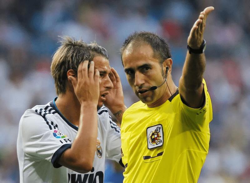"""Как необъяснимый фарт Зидана и ошибочные решения арбитров сделали """"Реал"""" самым титулованным клубом в истории?"""