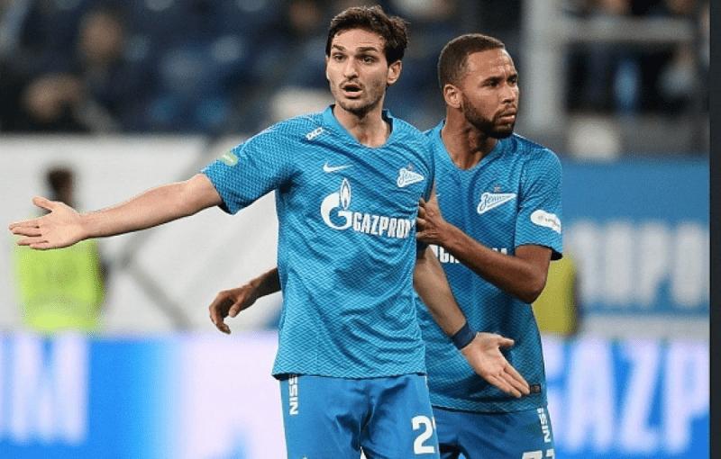 """""""Оздоев хочет играть в топ клубе"""" - стало известно о будущем хавбека Зенита."""