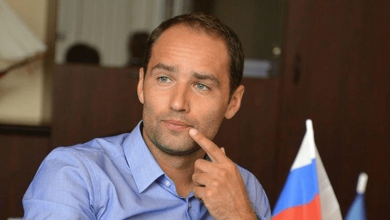 """Широков - о предложении Терешковой: где гарантия, что Путина изберут? Сидеть и говорить """"за нас всё решили"""" глупо"""