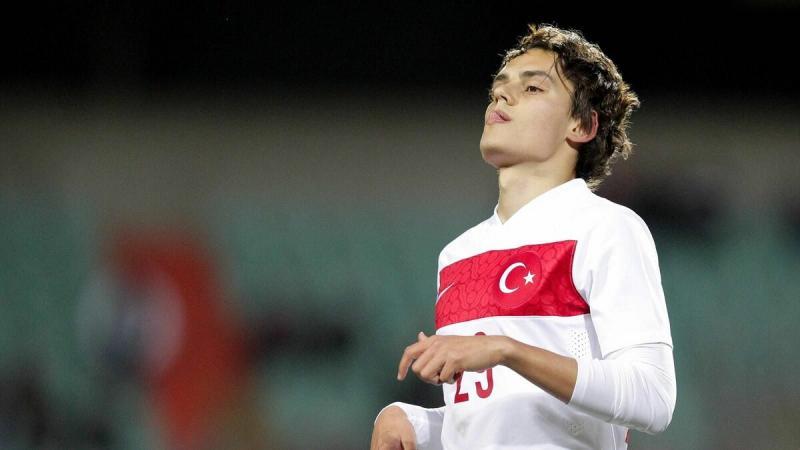 Спартак хочет заменить Шюррле нападающим сборной Турции