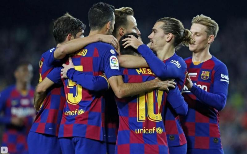 В ФК «Барселона» урезали зарплаты игрокам