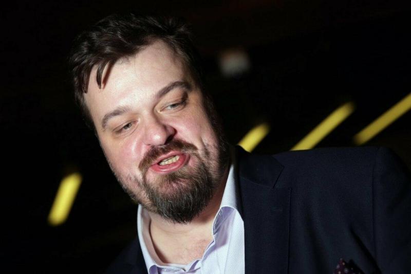"""Василий Уткин заступился за голкипера Фролова, оштрафованного """"Крыльями"""" за интервью"""