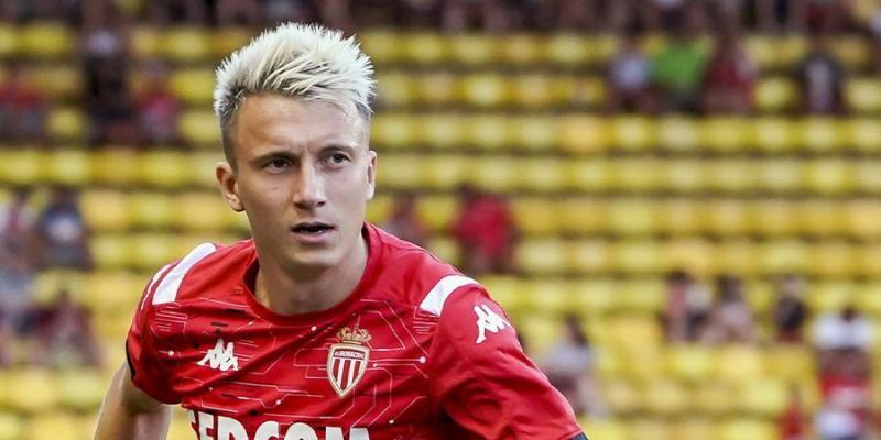 Монако готов расстаться с Головиным за 45 млн евро: на игрока претендуют 3 топ-клуба