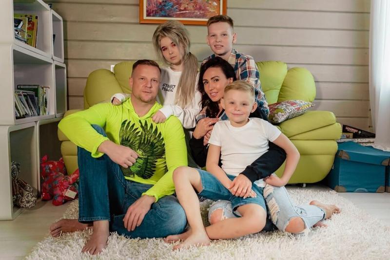 Вторая жена Вячеслава Малафеева помогла футболисту справиться с одиночеством