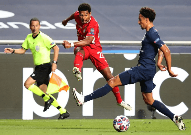 Бавария сделала ПСЖ в финале: Нойер отбил все