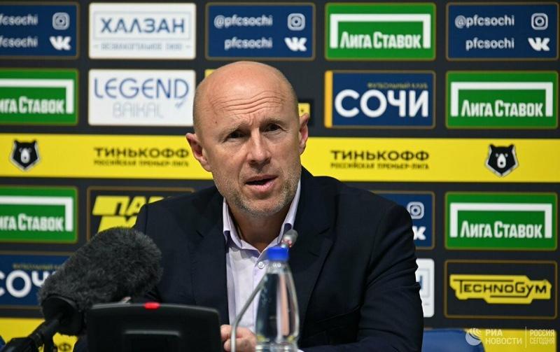 Лицемерный поступок тренера Сочи Владимира Федотова. И как Василий Казарцев вернул ему должок.