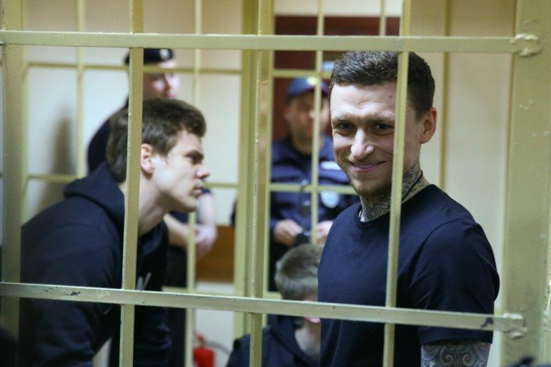 Игрок сборной Франции арестован в Лондоне. Ему может грозить пожизненный срок