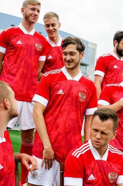 Вот и настал день X для Валерия Карпина и сборной России по футболу