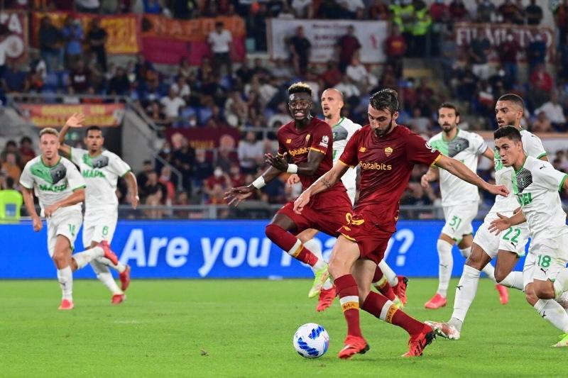 """Жозе Моуриньо творит невероятные вещи. Посмотрел лучший матч этого года """"Рома"""" - """"Сассуоло"""" - это и есть настоящий футбол"""