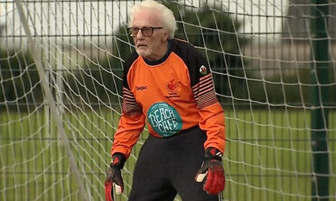 Английские журналисты рассказали о 88-летнем голкипере, который до сих пор играет
