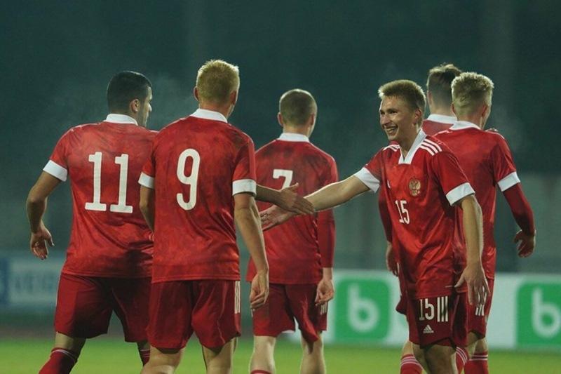 Гёкдениз Карадениз: «В России игроки не привыкли работать и жить как профессионалы»