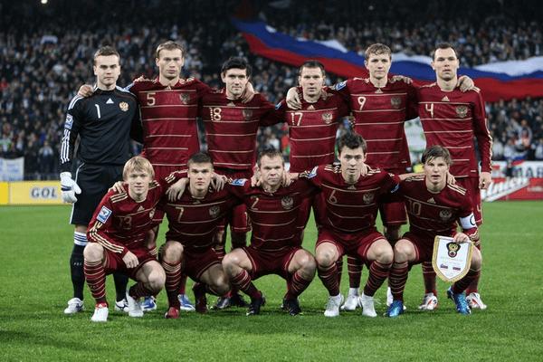 Сборная России по футболу близка к выходу на чемпионат мира 2022 года, а Словения снова в игре. История повторяется?